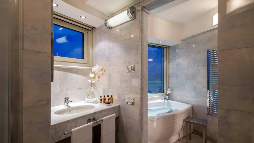 hotel-enea-aprilia-rooms-16