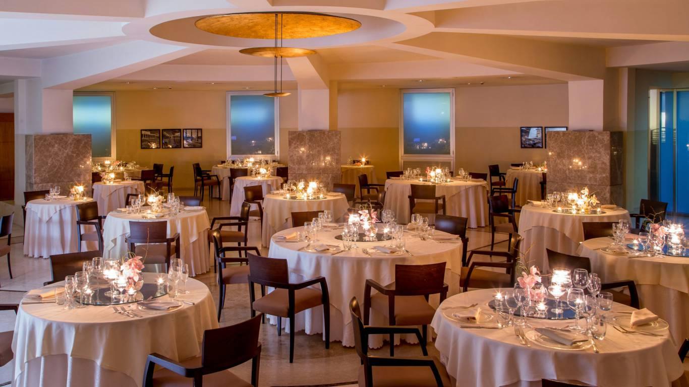 hotel-enea-aprilia-restaurant-01