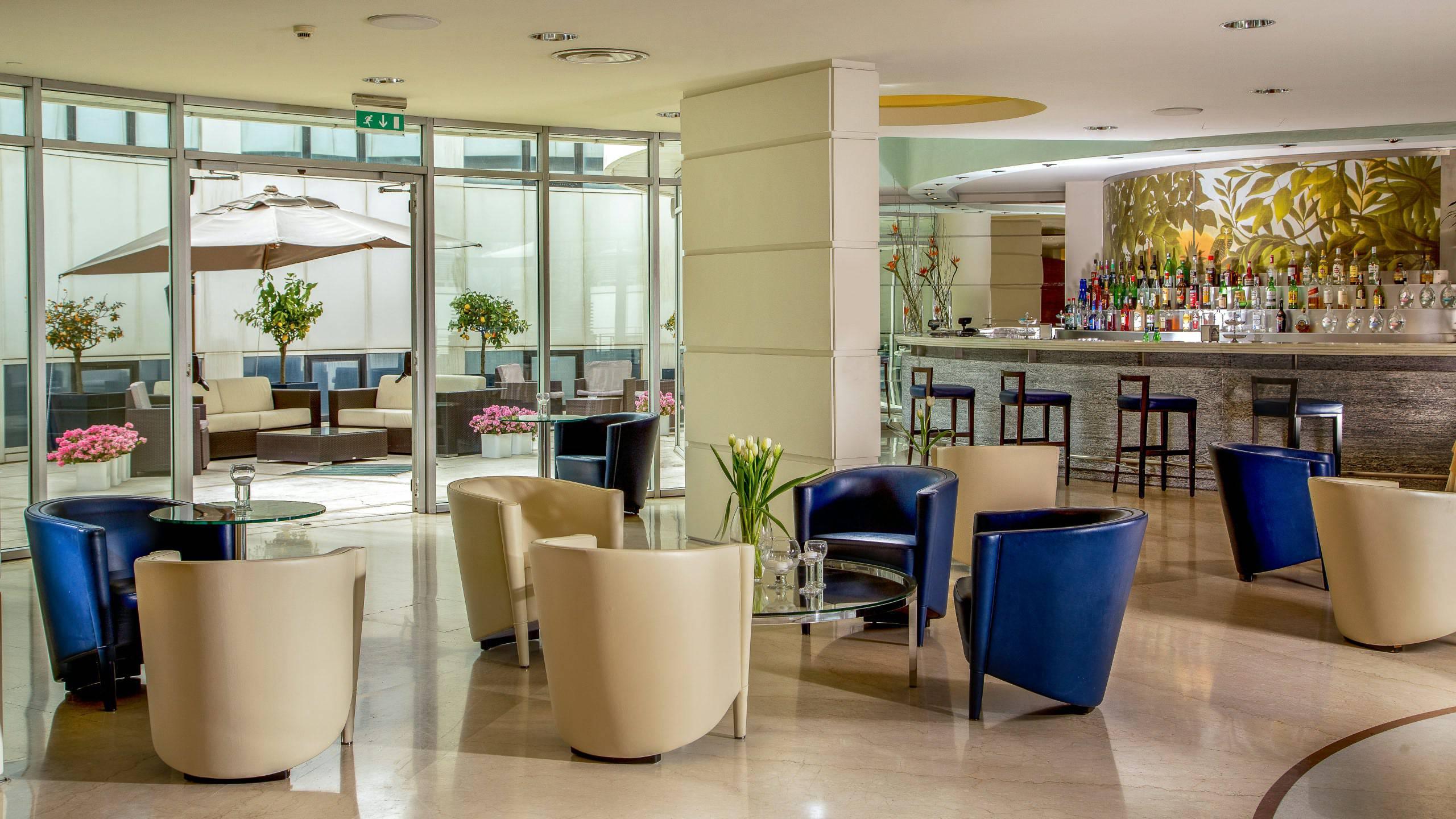 hotel-enea-aprilia-bar-03