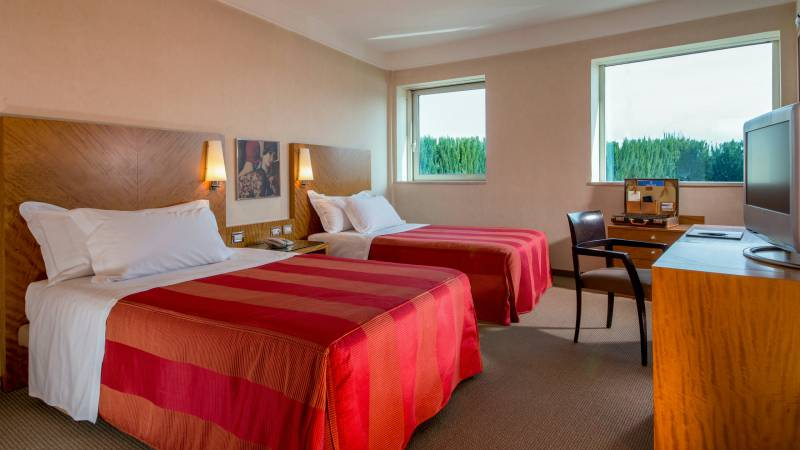 hotel-enea-aprilia-rooms-02