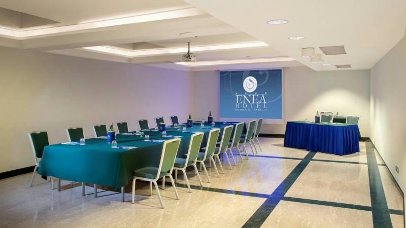 hotel-enea-aprilia-meeting-02