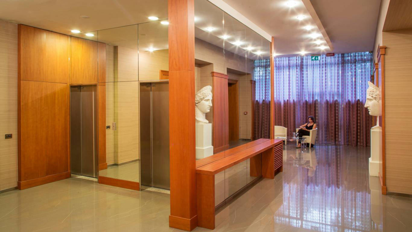 hotel-enea-pomezia-common-areas-02
